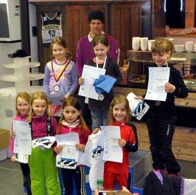 Siegerehrung S7/8w im Cafe Biathlon